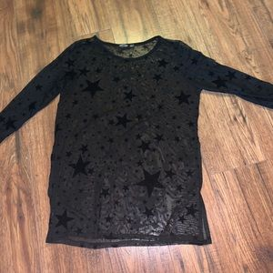 Sheer Star-Pattern Going Out Top